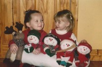 Aoife and Roisin Prepare For Christmas